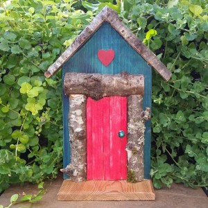 Red Heart - Garden Fairy Door - GardenFairies.ca